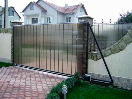 Изготовление откатных ворот из поликарбоната