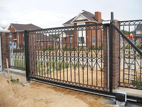 Изготовление откатных кованных ворот