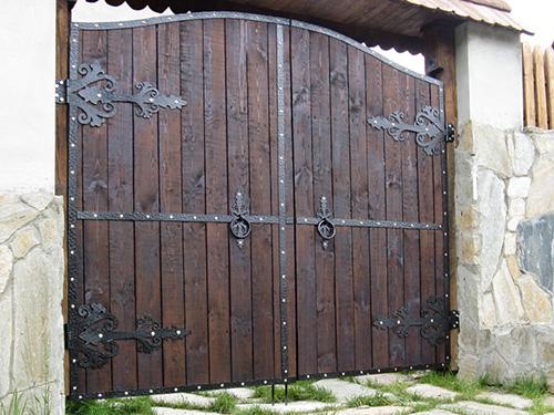 Изготовление кованных ворот под старину