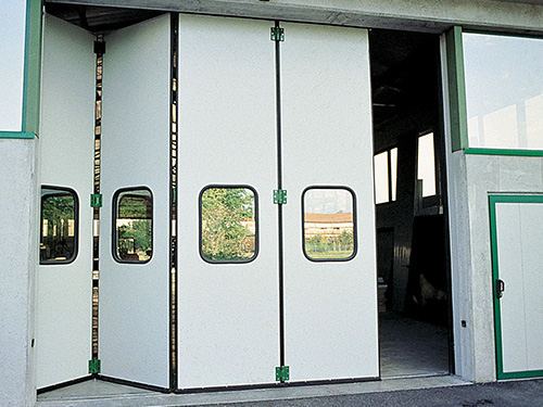 Промышленные складные ворота