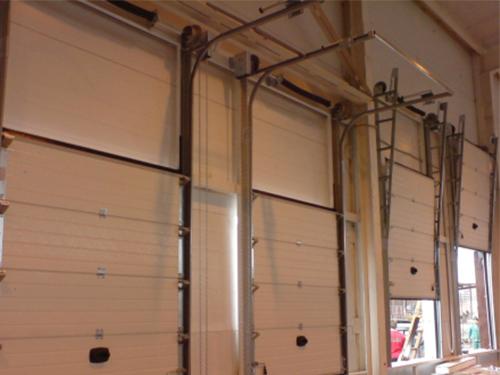 Вертикальные секционные ворота